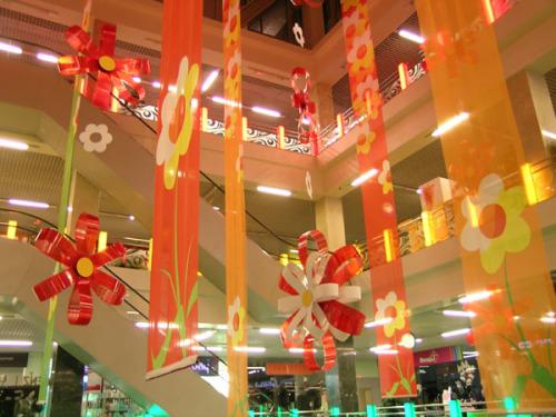 Украшение атриума торгового центра