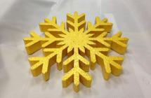 Изготовление снежинок из пенопласта для новогоднего украшения сети магазинов