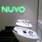 Световые буквы в интерьере студии красоты Нуво