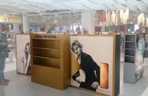 Рекламная инсталляция в интерьере