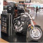 Бренд-зона с мотоциклом