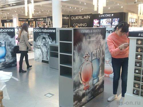 Рекламные инсталляции в интерьере