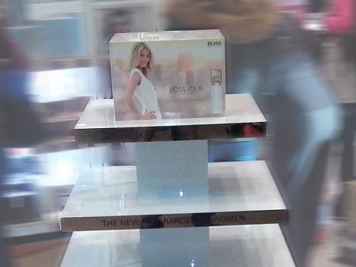 Рекламная стойка для бренда Босс